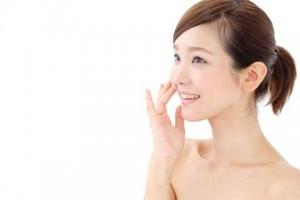 化粧水 美容液 つけ方
