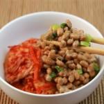 納豆やキムチがアンチエイジングに効果的?
