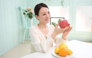 ニキビ 対策 治し方 抗酸化作用 リンゴ グレープフルーツ 柑橘類