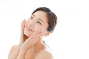 化粧水 朝 保湿成分 夜 代謝 サポート
