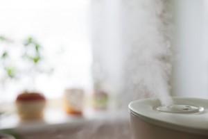 冬 ニキビ 対策 保湿 加湿器