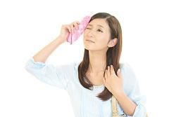 白いブツブツ 治し方 清潔 汗を拭く