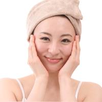 ニキビ 対策 潤い 清潔 ストレス解消