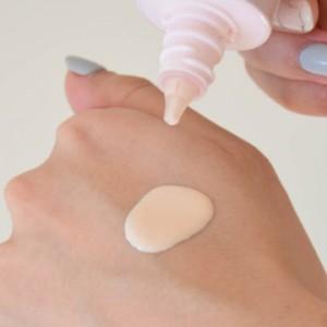 化粧下地 役割 保護