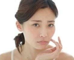 ニキビ 洗顔 ヒリヒリ 原因 洗いすぎ 乾燥