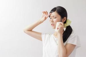 顔のテカリ 保湿 改善 悪化 原因 乾燥肌