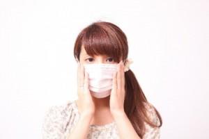 マスク ニキビ 悪化させる原因 摩擦 蒸れ