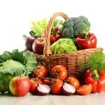 野菜を食べないとニキビができる原因になる?