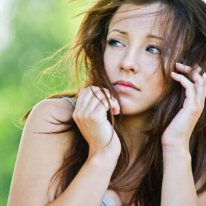 脂性肌 頭皮 臭う 原因 洗浄不足 皮脂 酸化 過剰分泌