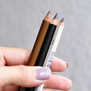 アイライナー ペンシル 鉛筆削り 削れる