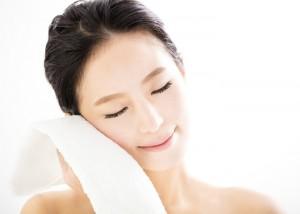 脂性肌 NG スキンケア 洗い過ぎ 擦る 刺激