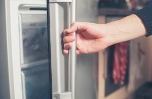 美容液 保管場所 冷暗所 冷蔵庫