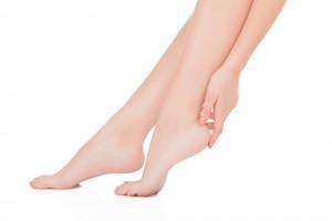 足の裏 角質ケア 病院 可能 皮膚科 フットケア科