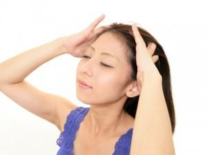 顔のたるみ 対策 頭皮ケア オイル マッサージ