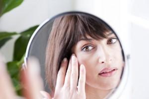 顔のたるみ 輪郭 骨格 遺伝