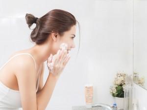 酵素洗顔 黒ずみ 対策 効果的