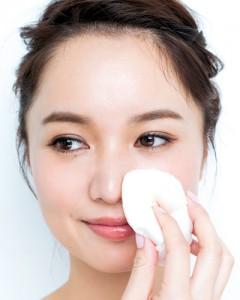 ファンデーション 鼻 Tゾーン よれやすい 皮脂