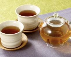 乾燥肌 効果的 温かい飲み物 お茶