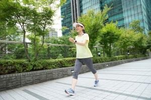 美白効果 運動 有酸素運動 ストレッチ ヨガ 紫外線対策