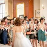 つけまつげは結婚式にお呼ばれメイクで必須なのか?