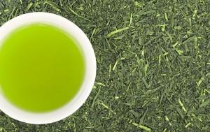ニキビ 緑茶 サポニン カテキン ビタミンC