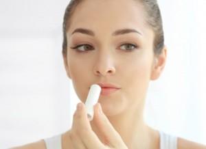 唇の乾燥 ケア 方法 リップクリーム 保湿