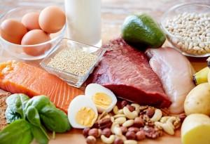 ニキビ いい食べ物 タンパク質 食物繊維
