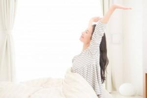 ニキビ 対策 改善 食生活 睡眠 ストレス