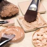 化粧下地が原因でファンデーションがよれる事はある?